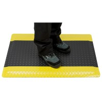 Tapis anti-fatigue industriel noir liseré jaune PORTWEST